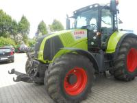 Трактор Claas AXION 820 CMATIC