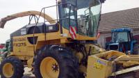Кормоуборочный комбайн New Holland FX375