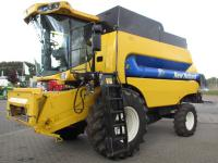 Комбайн New Holland CS 6050